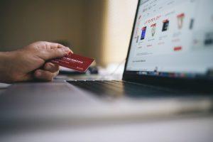 Przepisy o umowie zlecenia znajdują również zastosowanie do umów o prowadzenie rachunku bankowego.