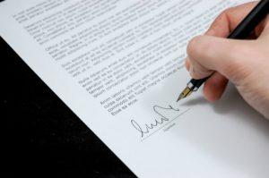 Zleceniobiorca ma obowiązek poinformowania spadkobierców zleceniodawcy o stanie wykonania zlecenia.